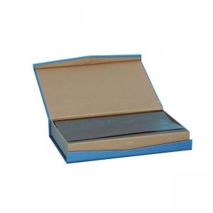 magnet chocolate box
